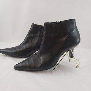 Pazzo Black Leather Bootie sz 8 M